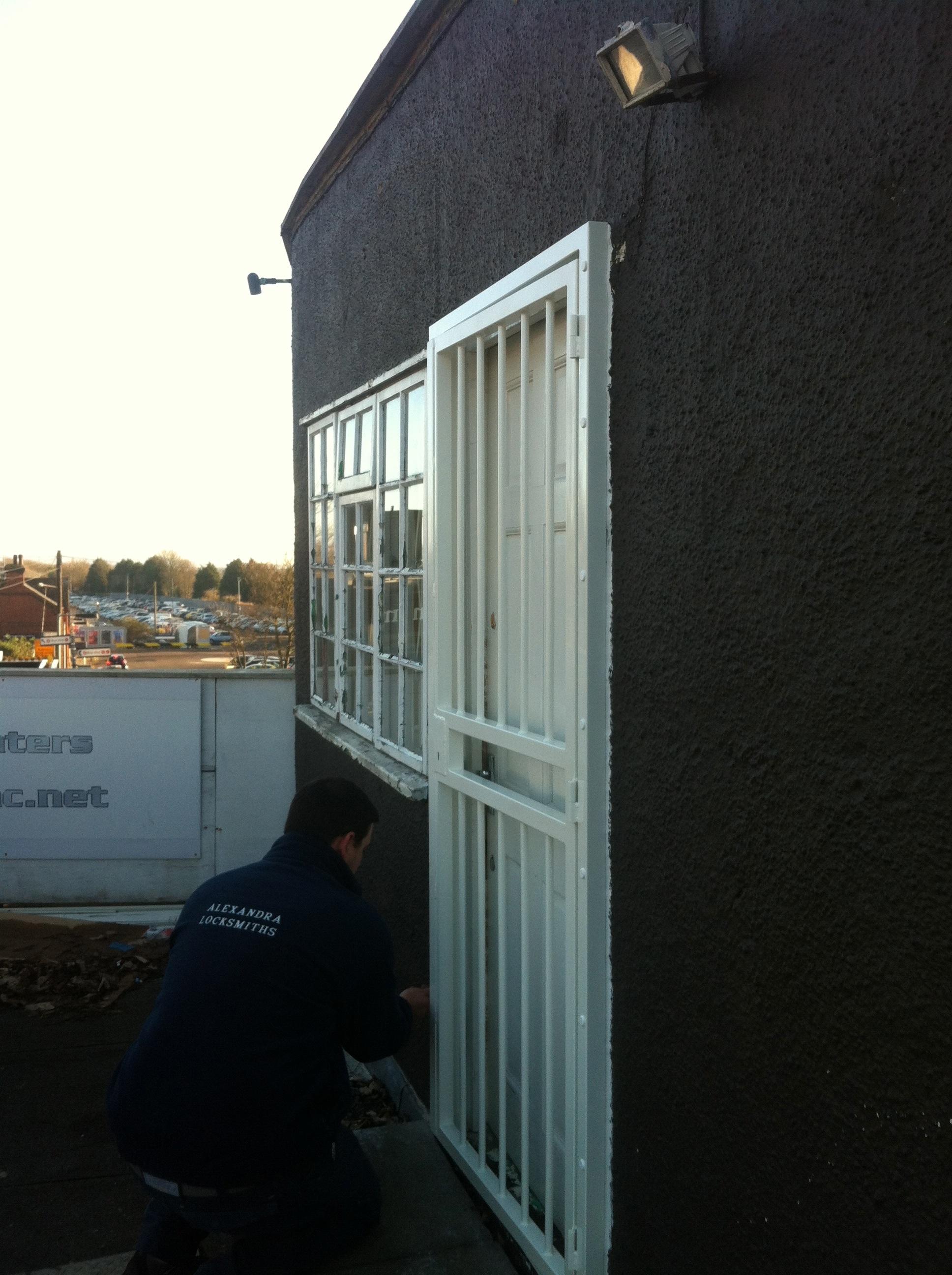 Alexandra locksmith installing security door gates