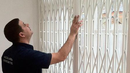 Alexandra locksmith installing security grilles